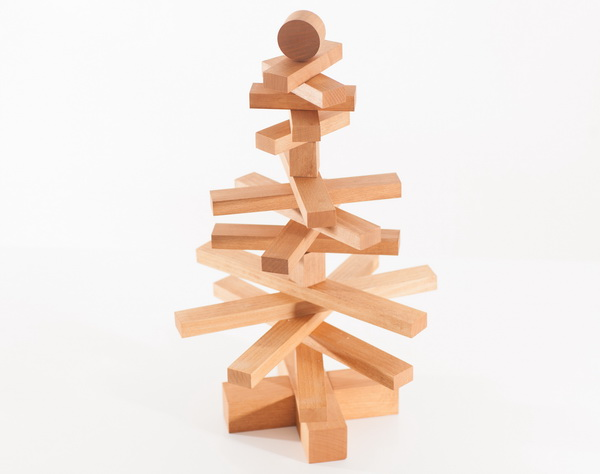 Christmas Tree - industrial design - beindesign